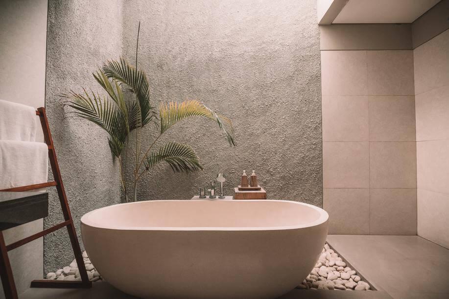 Photo of neutral style bathroom.